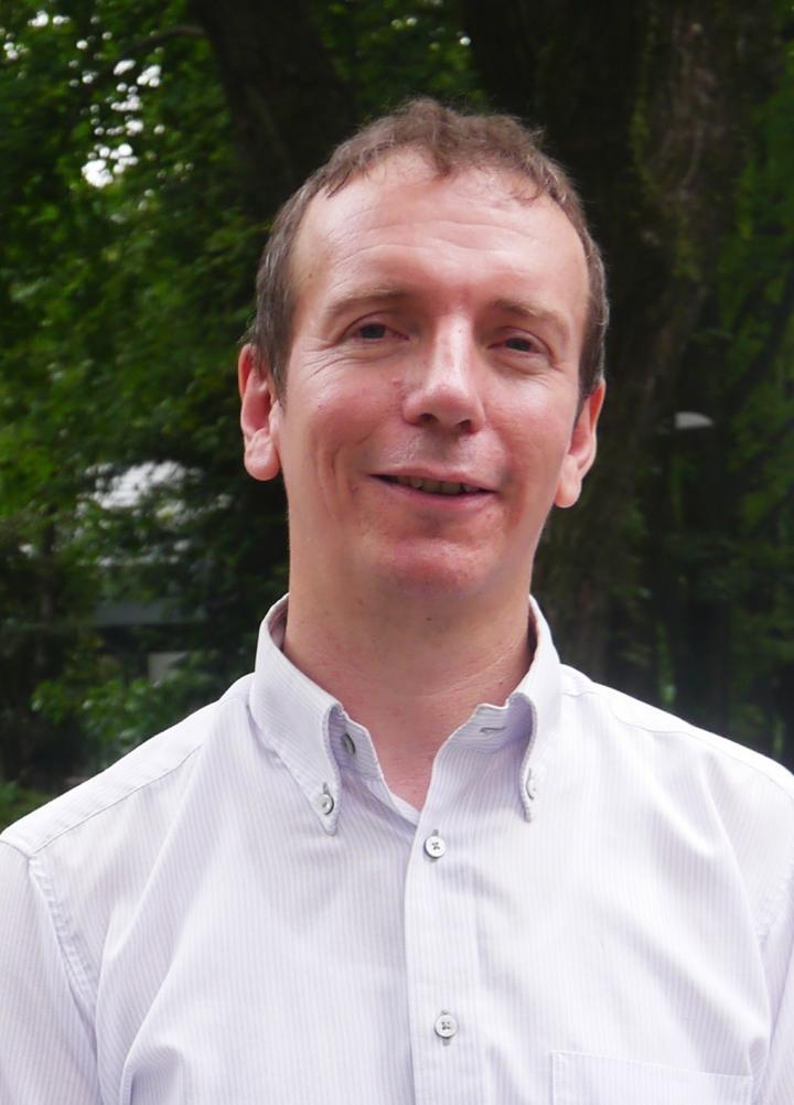 Dr. Stephan Irle