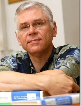 Dr. Piotr Kaszynski