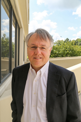 Dr. Robert C. Reynolds