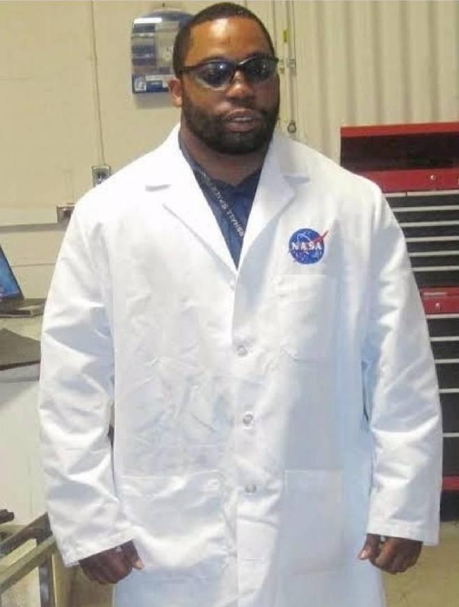 Dr. Enrique Jackson